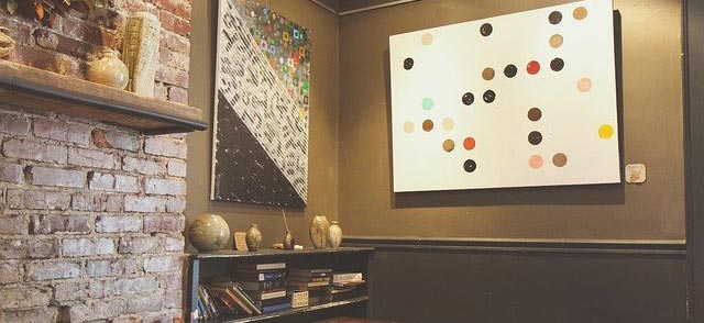 decorate a large wall with a sizeable art deco piece like this dotted